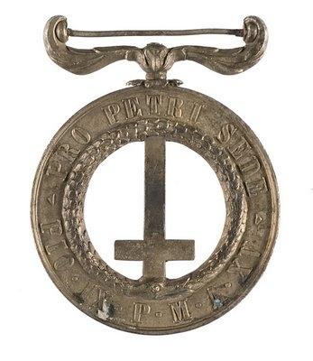 Medaglia di Pro Petri Sede (For the Chair of Peter) awarded to members of the Papal Battalion, including John Joseph Coppinger (Robert Doyle)