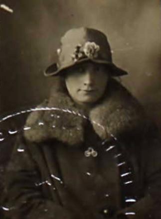 Norah Henderson (NARA/Ancestry)